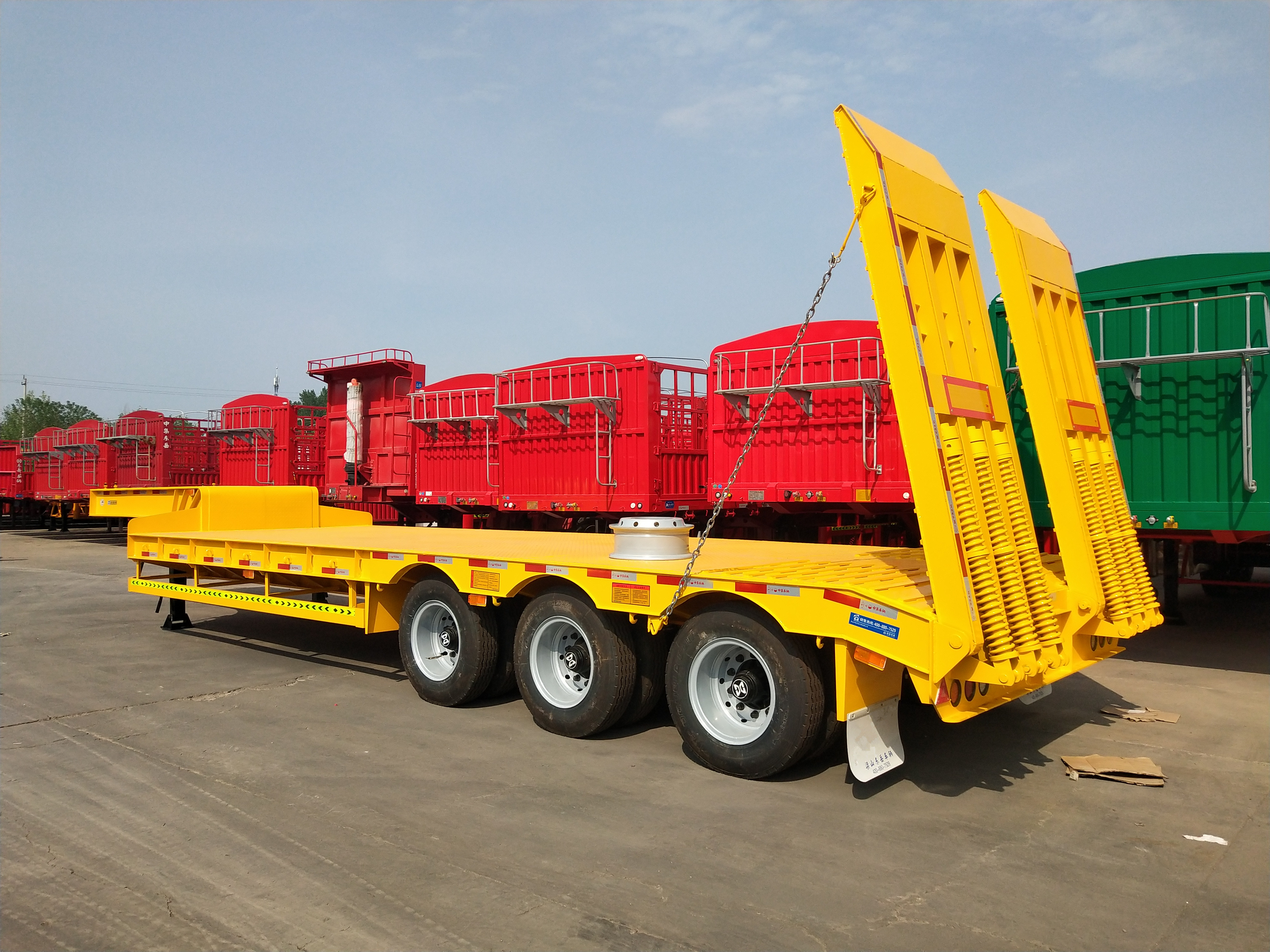 3 Axles 80 Tons Low Bed Trailers